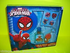 Marvel Comic Books Amazing ULTIMATE SPIDERMAN frisbee, stickers, & key chain set