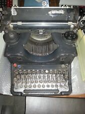 OLIVETTI M40 OLD TYPEWRITER MADE IN ITALY MACCHINA SCRIVERE VINTAGE