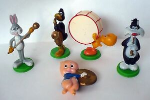 1979 WILTON CAKE TOPPERS MUSIC BAND BUGS BUNNY,DAFFY,SYLVESTER,TWEETY,PORKY PIG