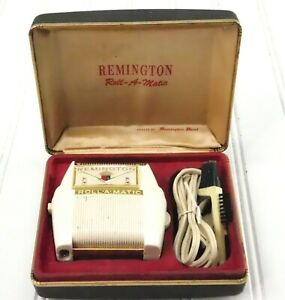 Vintage REMINGTON ROLL-A-MATIC Electric Shaver in Original Box with brush TESTED