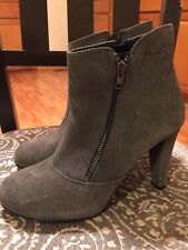 TAMARIS GRAY SUEDE FASHION ANKLE BOOTS U.S SZ 5.5 EURO SIZE 36 NEW