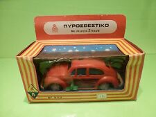 PLASTIC VOLKSWAGEN BEETLE  VW KAFER -  1:20-   USSR  ??  - GOOD CONDITION IN BOX