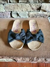 New, Women's Size 6 Blowfish Bow Top Sandals