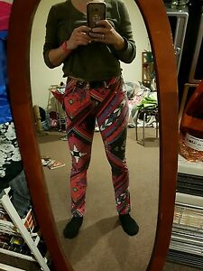 Kenji skinny jeans small BNWT