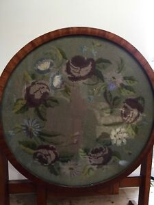 """VINTAGE 1970s COLLAPSABLE TABLE - 23"""" ROUND WOOL-WORK TOP WITH GLASS 20"""" TALL"""