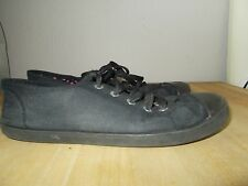 GIRL'S PE PLIMSOLES in Size 5 in Good Used Condition