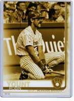 Robin Yount 2019 Topps Update Variations 5x7 Gold #US168 /10 Brewers