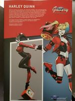 DC Gallery Classic Harley Quinn PVC Statue by Diamond Select