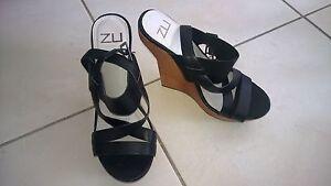 Ladies Zu Wedge - Size 38