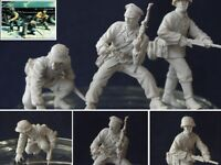 1:35 World War II German soldiers Quality Resin Figure Kit (3 Figures)