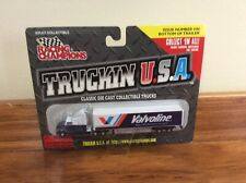 """NEW RACING CHAMPIONS TRUCKIN USA DIE CAST COLLECTABLE """"VALVOLINE"""" TRUCK"""