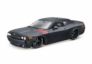 1:24 Dodge Challenger SRT8 by Maisto in Black 32529