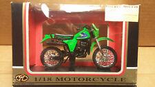 Motormax Die-Cast - 1/18 Scale Motorcycle Green Kawasaki KX250 Motocross Bike