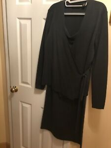 New with tags Dana Buchman 100% wool women Charcoal skirt suit size L
