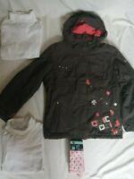 Lot de 6 pièces vêtements 12 ans fille manteau de ski Go Sport sous pull blanc