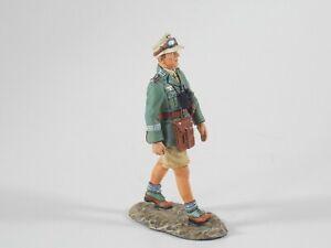 King & Country. German Afrika Korps. Officer Marching. AK41. Retired. MIB