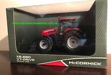 Universal HOBBIES 4982 1:32 SCALA McCormick X8.680 VT-Drive Dealer BOX ** NUOVO **