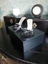 CHANEL Chaussures Sandales Camélia  T 38 noir