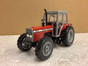 1/32 scale promotional Massey Ferguson 399 4wd Tractor Traktor tracteur