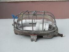 Antike Bunkerleuchte schwere Ausf. Industrie Design Bulkhead Lamp Wandlampe