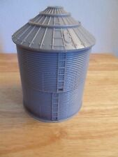 1/64 Ertl Farm Country grain bin