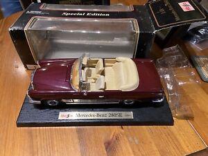1:18 Maisto Mercedes Benz 280 Se 1966 Red - Rarity