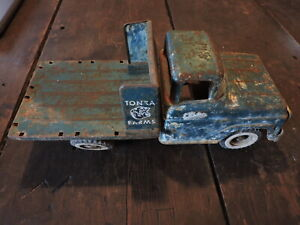 Vintage Green Metal Tonka Farms Toy Truck