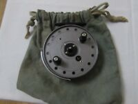 """V good vintage JW youngs trudex centrepin trotting fishing reel 4"""" + pouch"""