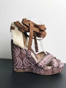 Stuart Weitzman X Theodora & Callum Wedge Sandal Boho Linen KC 93609 Size 38,5