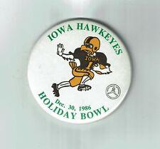 Vintage 1986 Iowa Hawkeyes Football Holiday Bowl Pinback Button