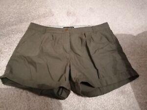 Dorthy perkins Shorts Size 14