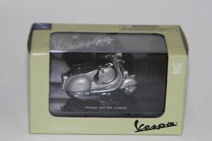 Vespa Piaggio Scooter 150GS 1955 Silver 1/32 Newray Model