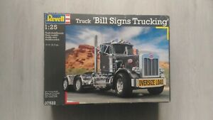 "Truck model ""Peterbilt 359 Bill Signs Trucking"" Revell 07522 1/25 scale"