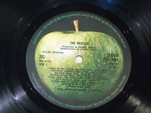 THE BEATLES - The Beatles - 1980's UK 16-track Vinyl LP - No Sleeve
