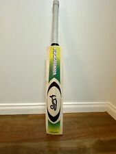 KOOKABURRA KAHUNA. Grade 1 English Willow Cricket Bat