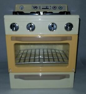 Kitchen Littles OSFT Sound works Range Stove Oven Barbie 1996