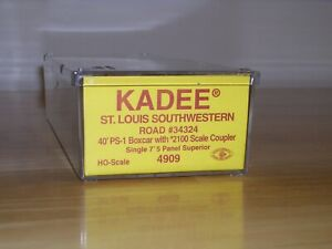Kadee HO Scale Cotton Belt 40' PS-1 Boxcar Kit - SSW