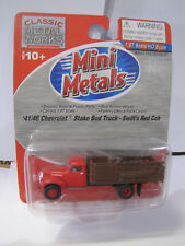 Classic Metal Works Mini Metals 41/46 Chevrolet Stake Bed Truck Swifts Red 1:87
