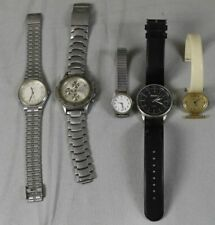 5 Armbanduhren - Quartz - Metall , Leder + Kunststoff Armband ca. 303 Gr 2) /S74