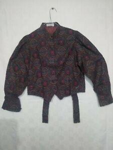 petit haut femme style gilet , vintage beau tissu / C 354