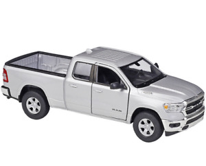 Welly 1:27 2019 Dodge Ram 1500 Pickup Diecast Model Racing Car NEW IN BOX