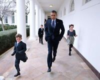 OBAMA AND CHILDREN ON WHITE HOUSE COLONNADE 8x10 SILVER HALIDE PHOTO PRINT