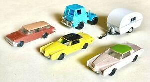 3 Bachmann Automobiles, 1 Tyco Truck Tractor, 1 Camper HO Scale