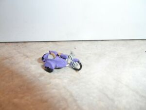 HO SCALE   MOTORCYCLE WITH SIDE CAR PURPLE WITH GRAY  SEAT