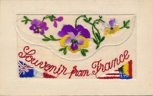 WW1 SILK EMBROIDED POSTCARD SOUVENIR FROM FRANCE PANSIES FLAGS