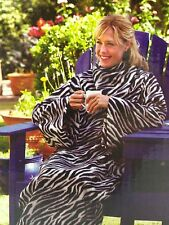 SoftWear The Soft Fleece Blanket With SLEEVES! snuggie ZEBRA - NEW - Robe