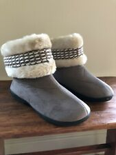Isotoner Microsuede Faux Fur Bootie Slippers Size L US 8.5 - 9 Taupe/Brown EUC
