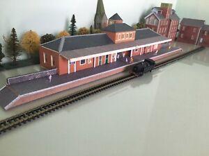 Scratch Built~N Gauge-Main Station On Metcalfe Platform & People.