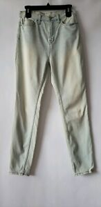 UO BDG Woman's Sz 29 Super High Rise Twig Ankle Jeans Light Wash Vintage Look