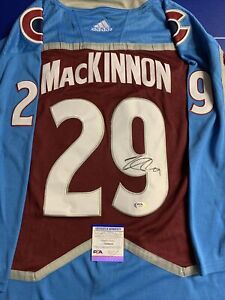 Nathan Mackinnon Signed Jersey PSA/DNA COA Colorado Avalanche Adult Large L